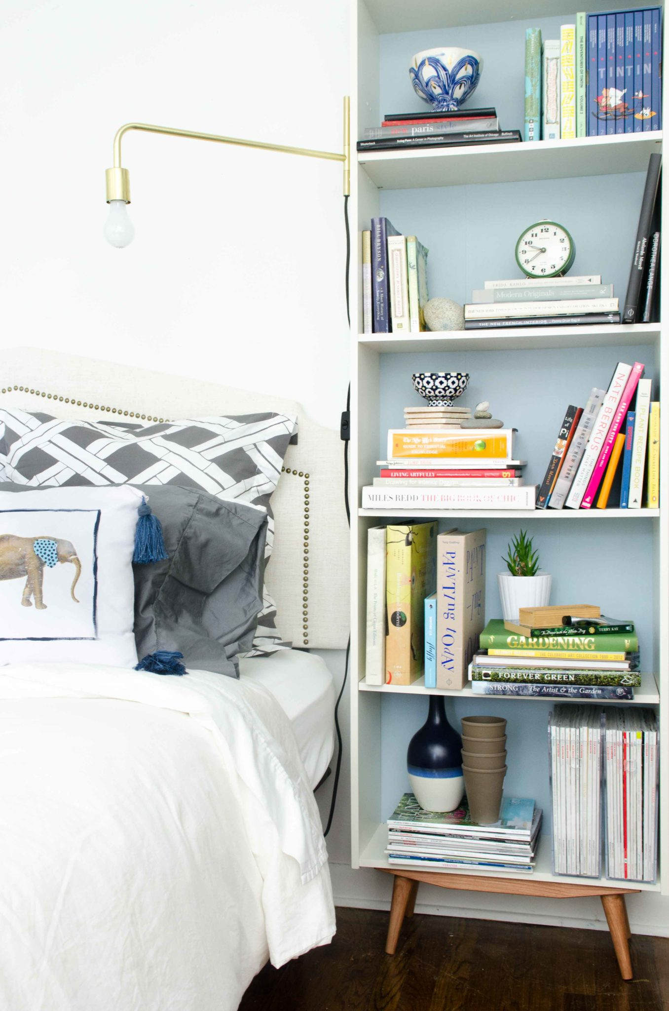 to gb storage furniture bookcase ikea according billy needs bookcases white shelves your en adjustable adapt space between products