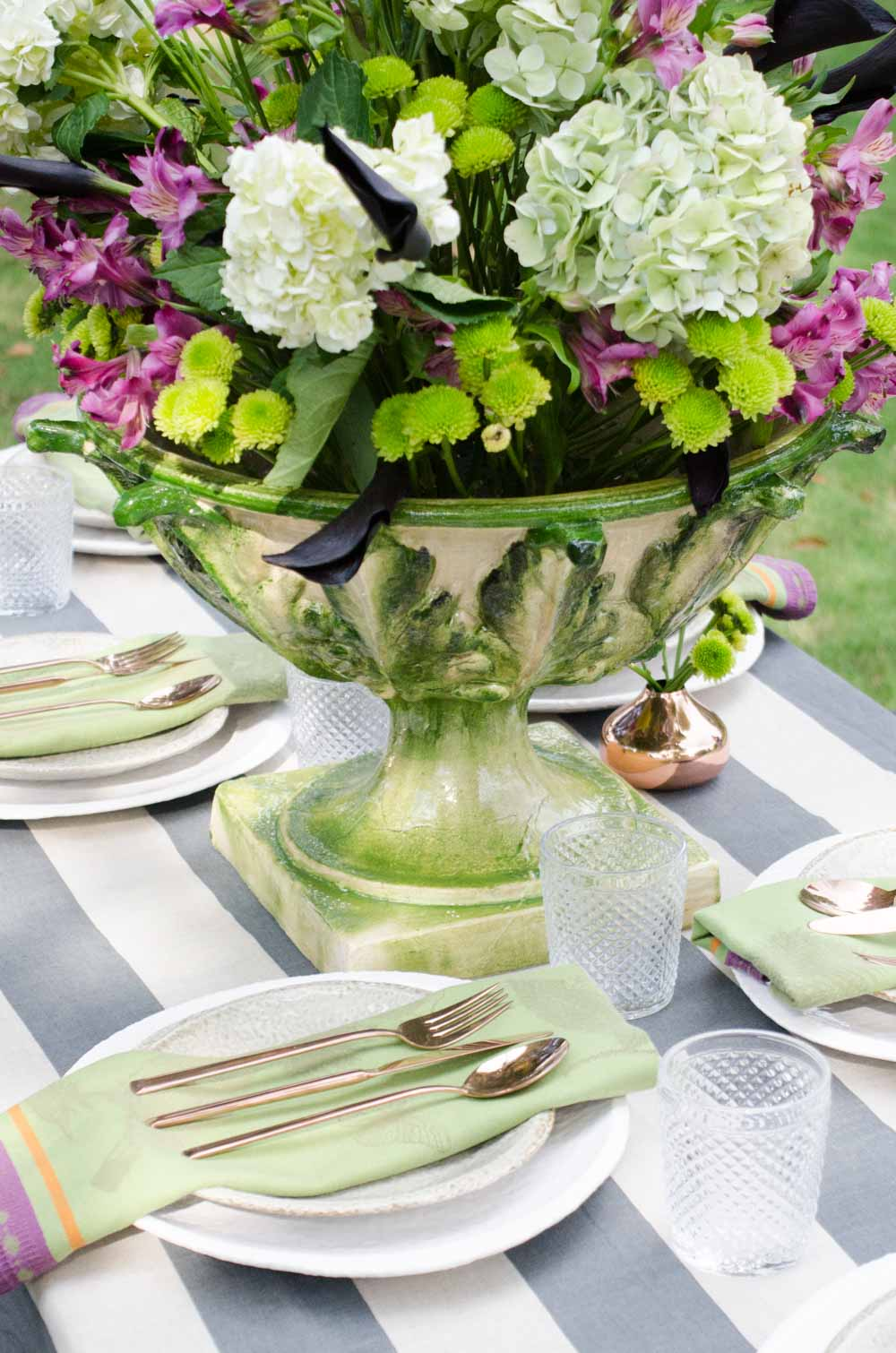 Purple and green fall table setting on @thouswellblog & Purple and green fall table setting on @thouswellblog - Thou Swell