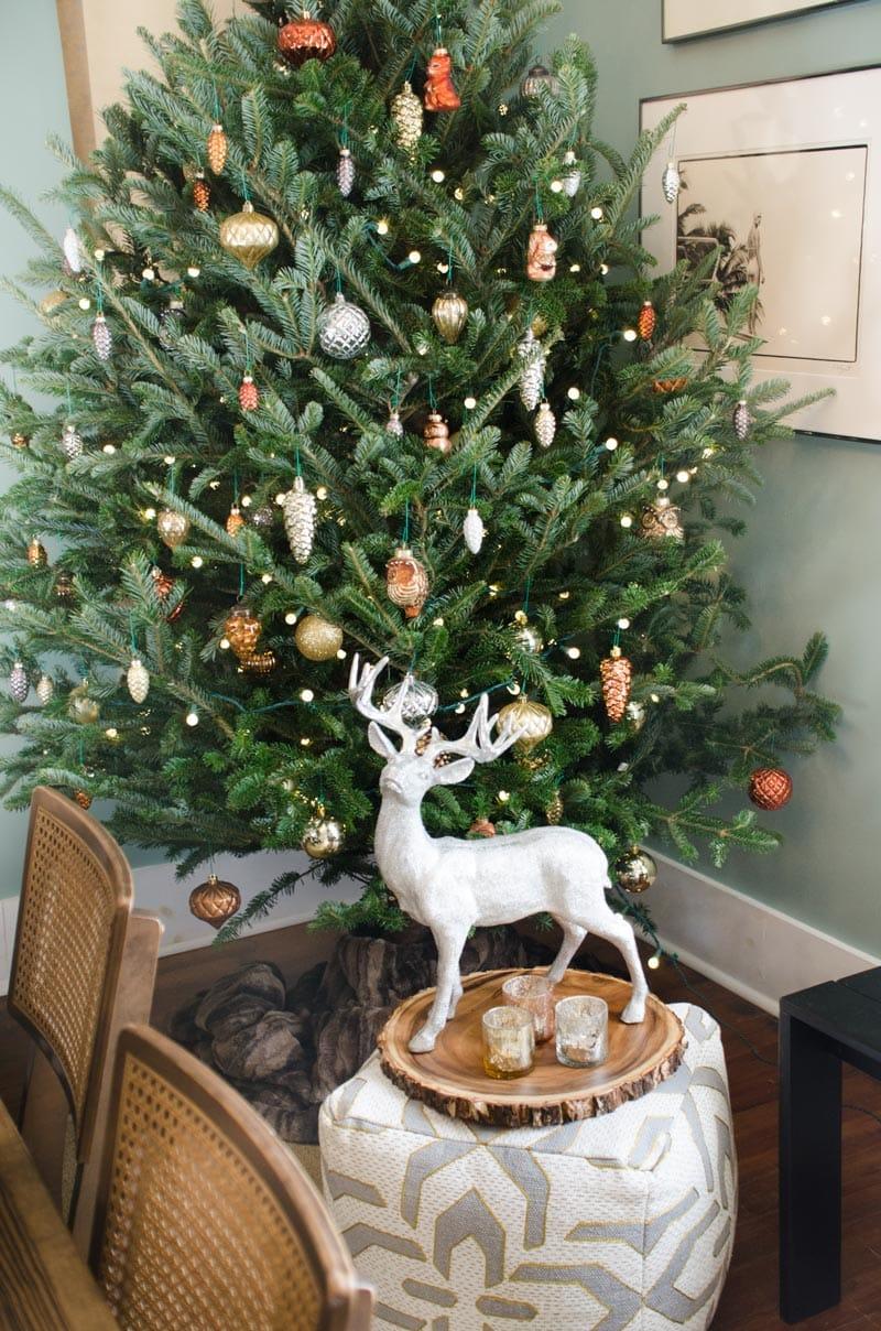 woodland christmas tree holiday decor ideas on thouswellblog