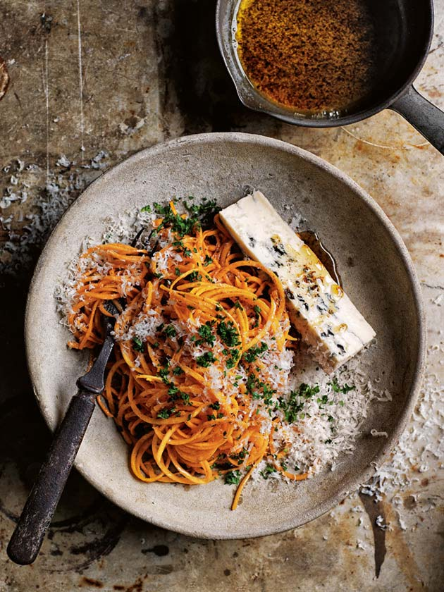 Brown butter pumpkin pasta via Donna Hay on Thou Swell
