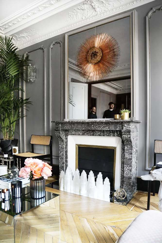 Step Inside a Luxe Charcoal Pied-à-Terre - Thou Swell
