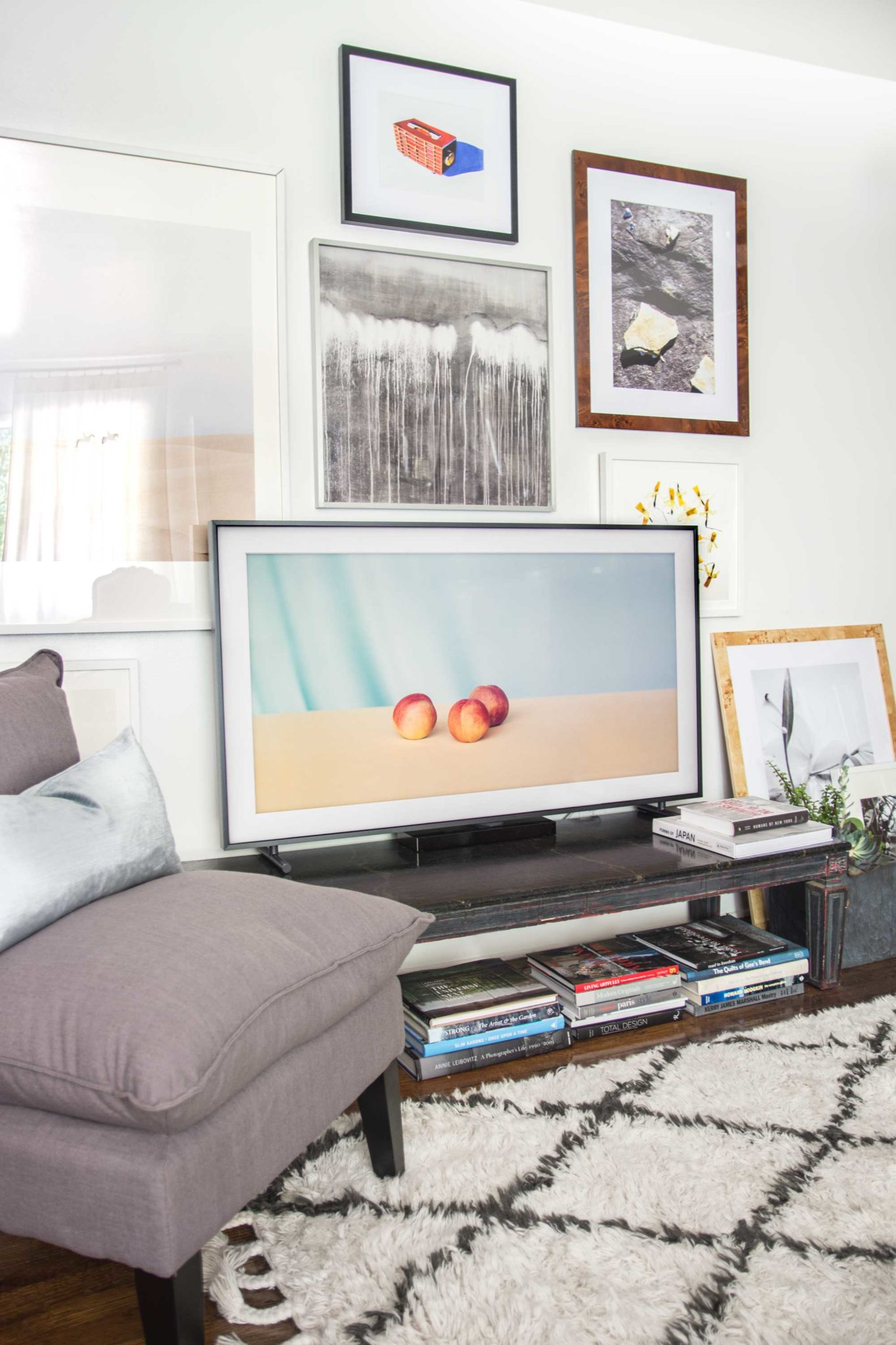 The Frame: A TV for the Living Room - Thou Swell