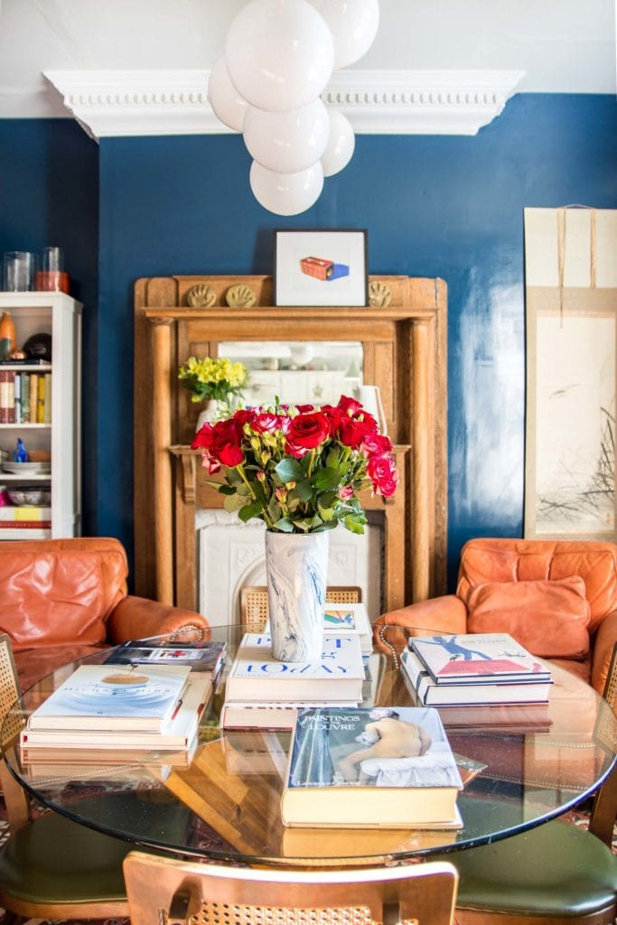 High-gloss blue dining room makeover on Thou Swell @thouswellblog