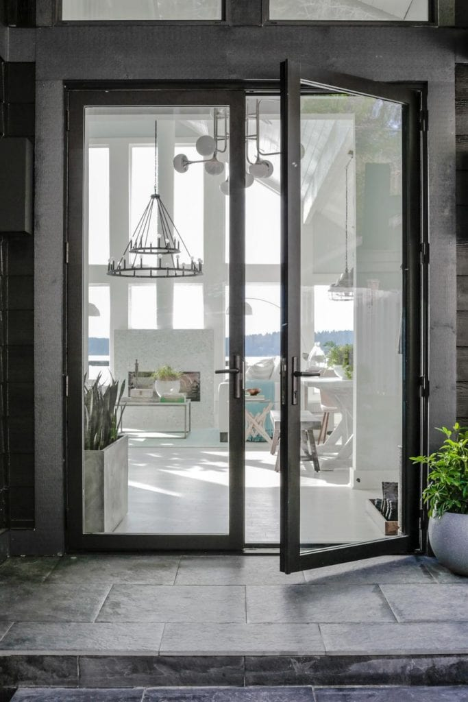 HGTV Dream Home 2018 modern glass double front door on Thou Swell @thouswellblog