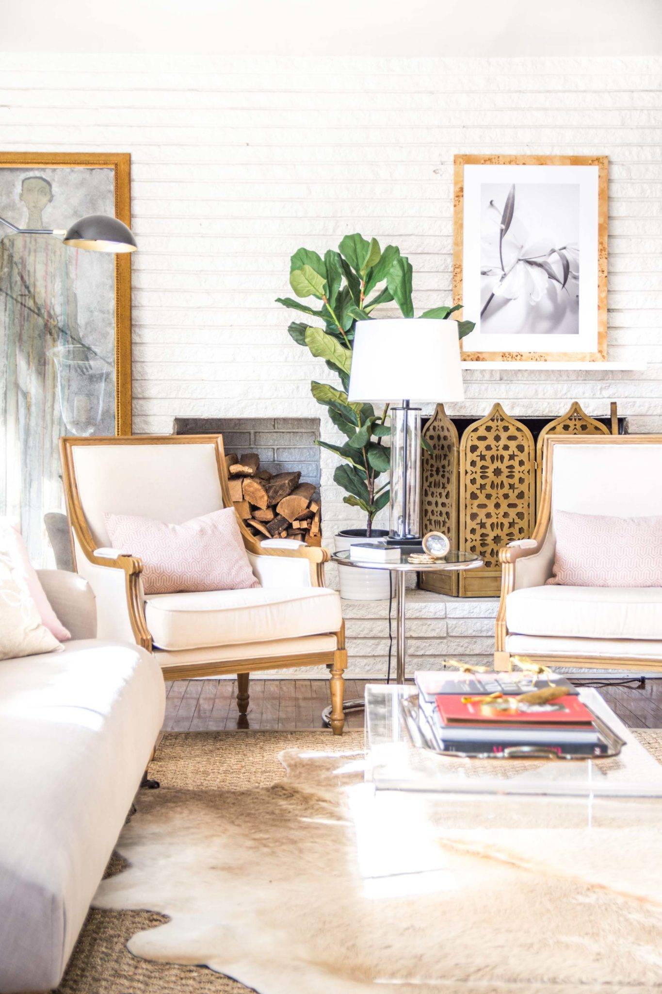 Embracing Blush Decor in the Living Room - Thou Swell