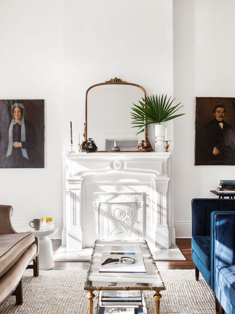 Fresh traditional design for a shotgun bungalow in New Orleans home tour on Thou Swell @thouswellblog
