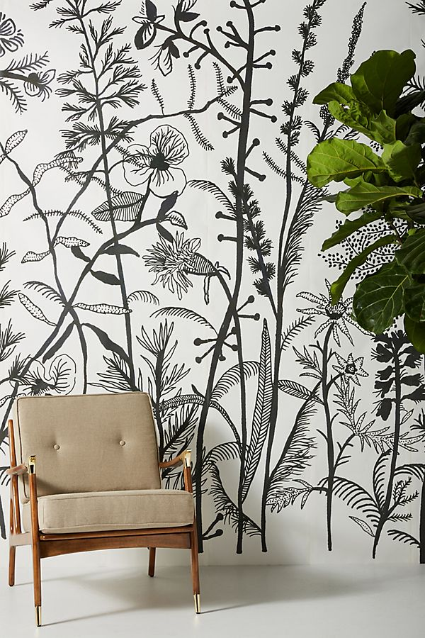 My favorite wall murals and tapestries with floral patterns and landscapes on Thou Swell @thouswellblogMy favorite wall murals and tapestries with floral patterns and landscapes on Thou Swell @thouswellblog