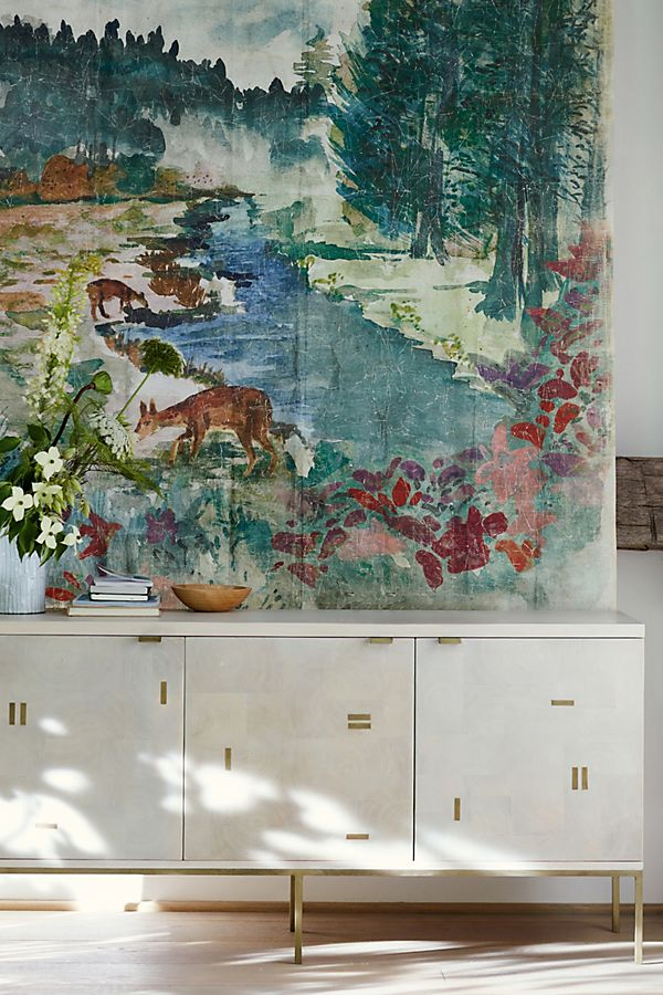My favorite wall murals and tapestries with floral patterns and landscapes on Thou Swell @thouswellblog