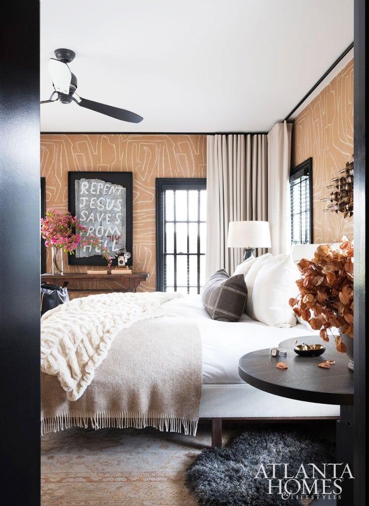 Ryan Hughes home in Midtown Atlanta, layered neutral bedroom design #bedroom #bedroomdesign #atlantahome #atlantahomes #southernstyle #southerndesign