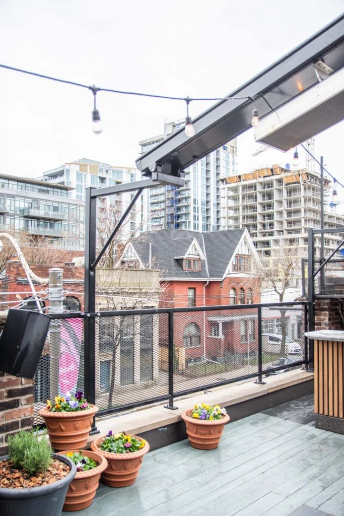 24 hours in Toronto city guide with the Broadview boutique hotel on Thou Swell #toronto #travel #torontoguide #cityguide