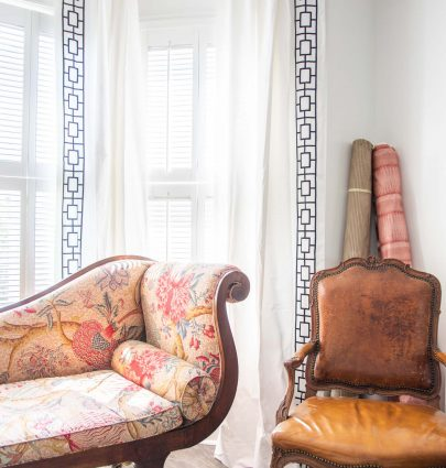 Chaise lounge with Pierre Frey Le Grand Corail with embroidered border curtains in bay window on Thou Swell #oneroomchallenge