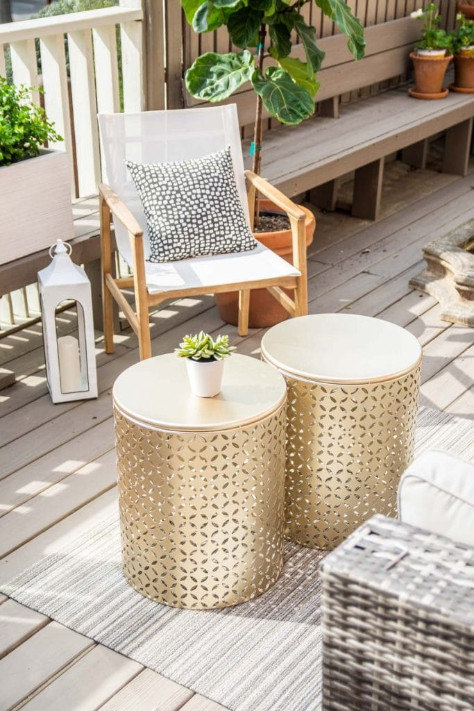 Outdoor deck design with At Home with scalloped umbrella, blue and white stripes, gold tables, and Chilewich mat on Thou Swell #deck #deckdesign #deckdecor #outdoordecor #outdoorfurniture #outdoordesign