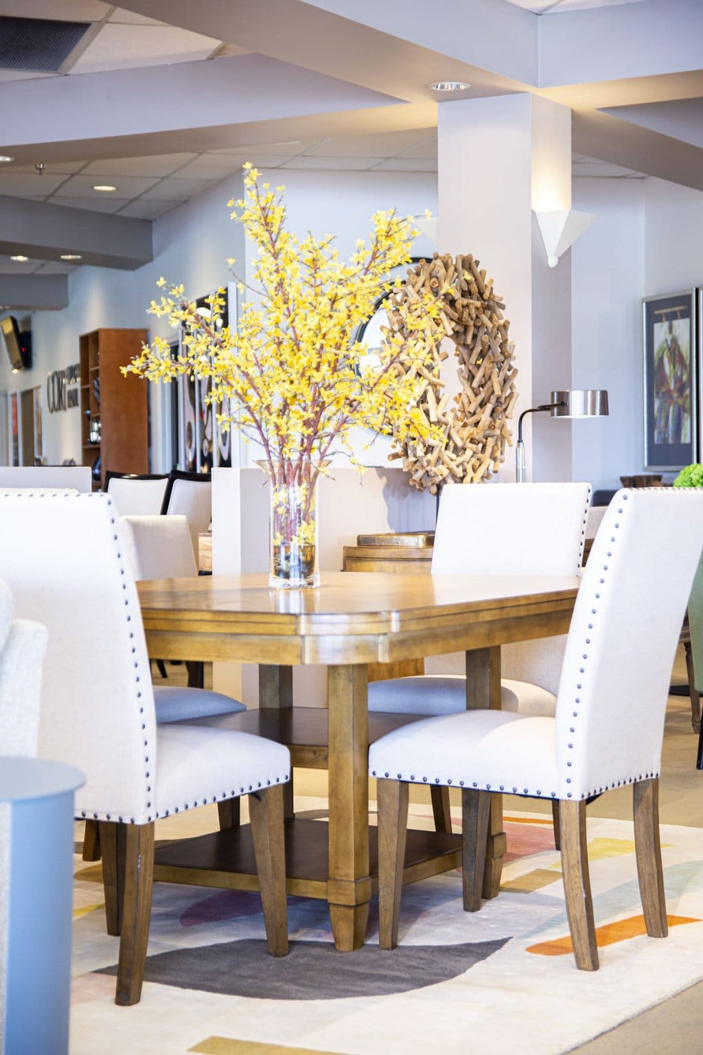 Rental decorating tips from the CORT furniture rental showroom in Atlanta, GA on Thou Swell #cort #cortfurniture #furniturerental #furnitureshowroom #showroom