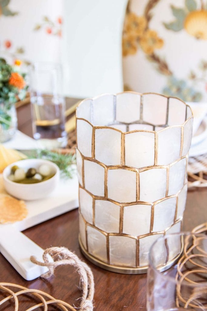 A fresh and approachable Thanksgiving table with Serena & Lily rattan placemats and decor by Kevin Francis O'Gara #thanksgiving #tablesetting #tablescape #thanksgivingtable #thanksgivingdecor #serenaandlily